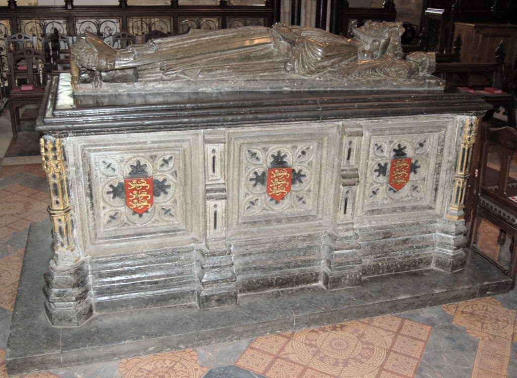 Photo of the tomb of King John at Worcester cathedral - Photo is public domain